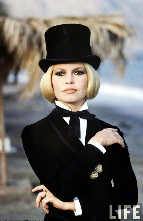 Shalako Bardot as the Countess