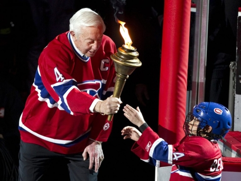Jean Beliveau passes the torch ...