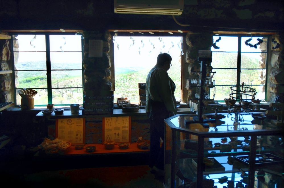 Colossal Caverns Gift Shop