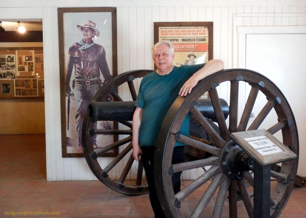 Old Tucson Studio Alamo Cannon