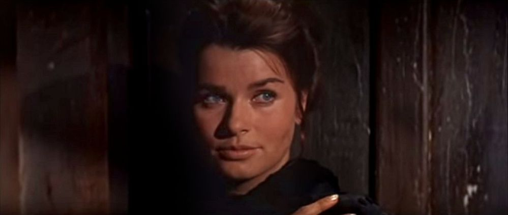 Major Dundee Senta Berger 2