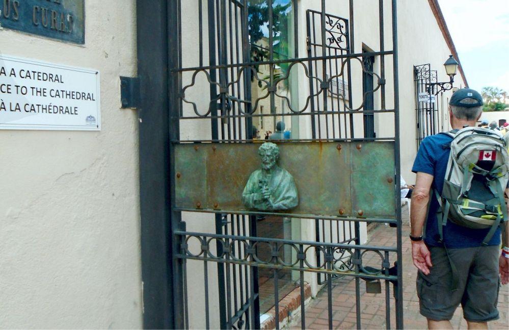 Catedral Primada de America gate
