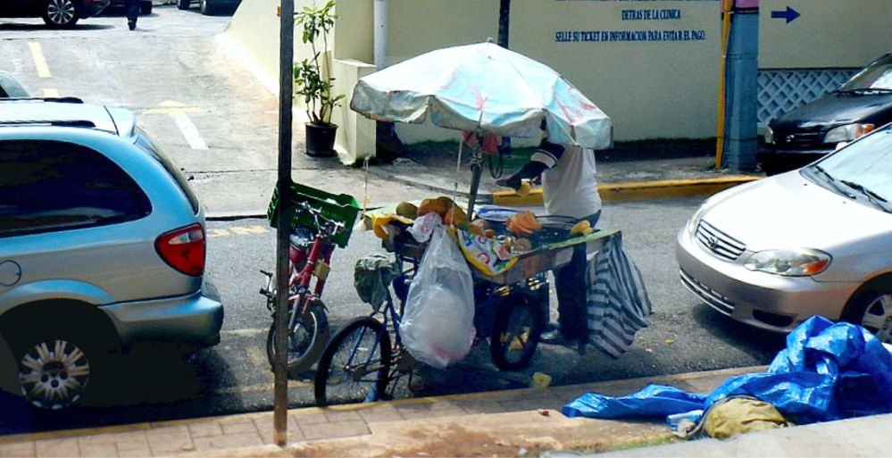 Santo Domingo street vendor