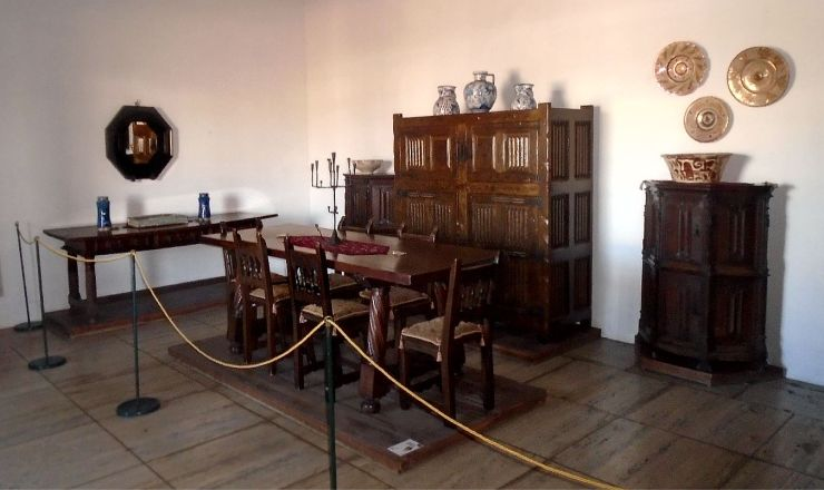 Columbus House dining room