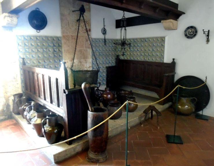 Columbus House kitchen