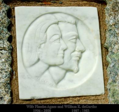 fishermans-monument-plaque-2-peggys-cove