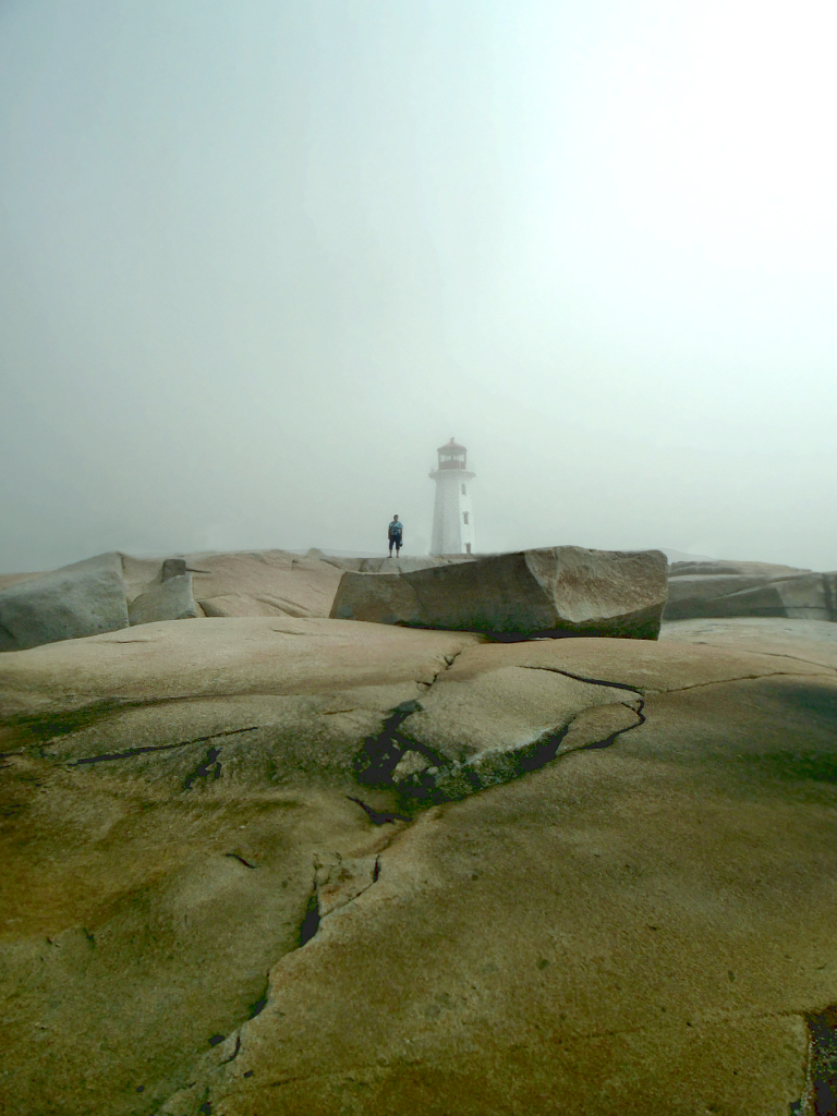 peggys-cove-lighthouse-3