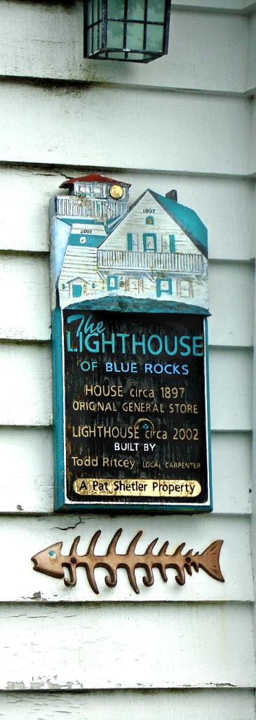 blue-rocks-lighthouse-sign-2