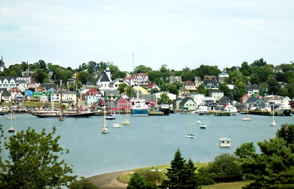 lunenburg-and-bluenose