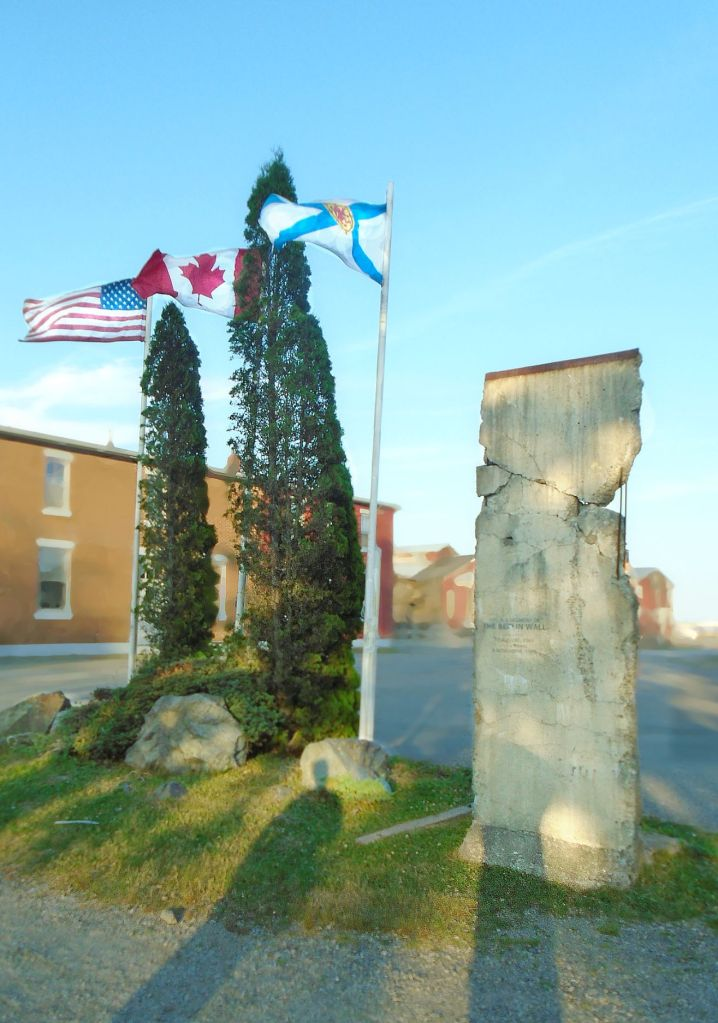 lunenburg-berlin-wall