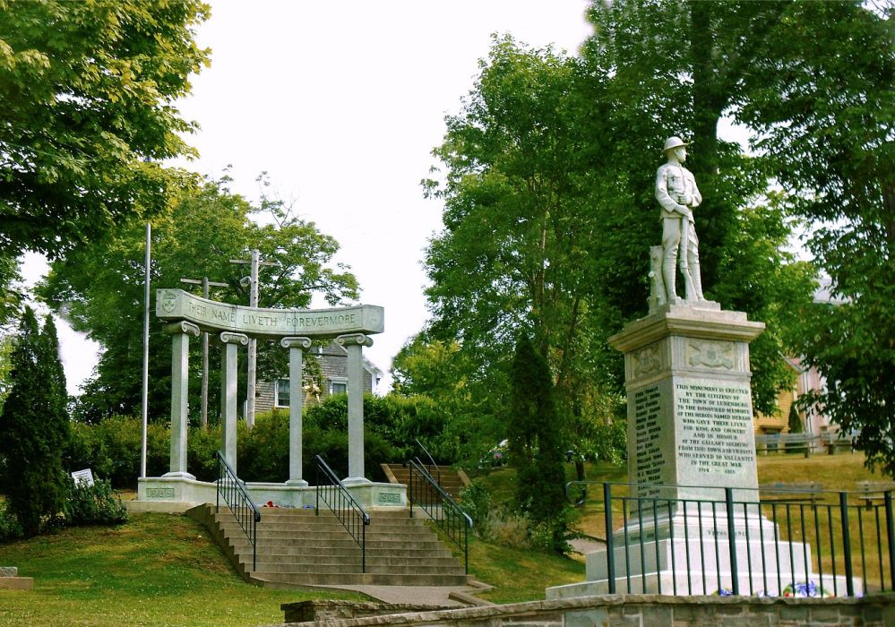 lunenburg-memorial