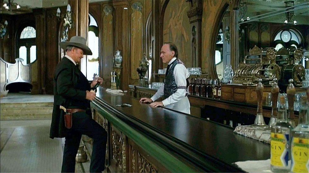 john-wayne-the-shootist-bar-scene-2